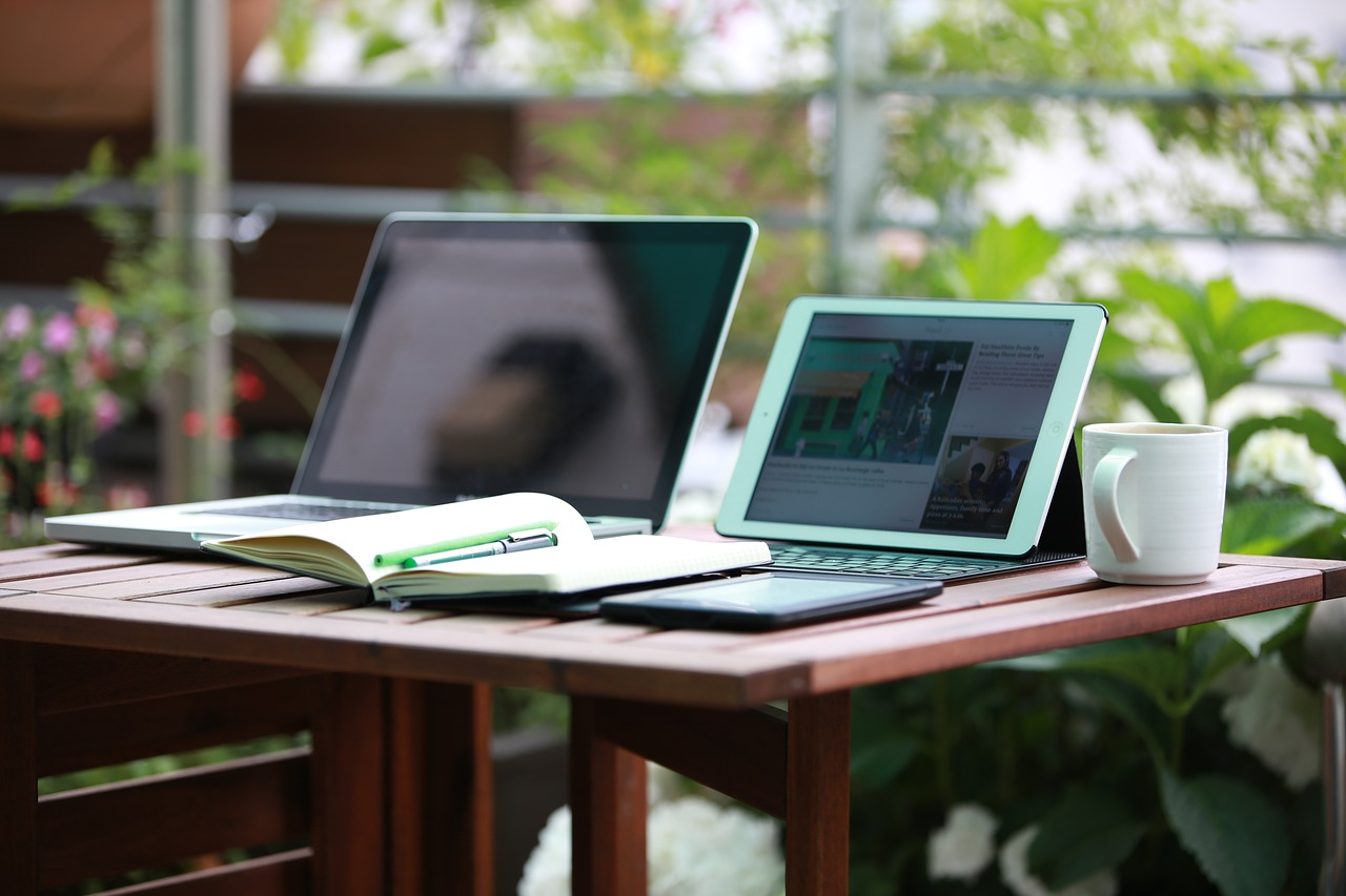 Flexibel von zu Hause aus arbeiten - perfekt für Mamas